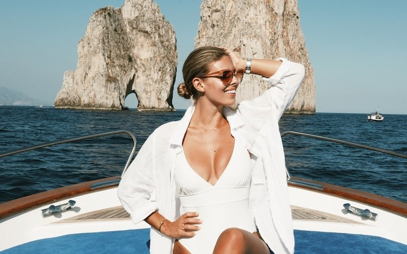 Top-Fashion-Influencers-Tash-Oakley