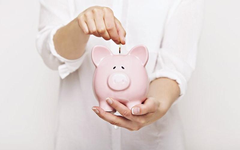 Piggy-Bank-Managing-Cash-Flow